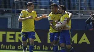 Manu Vallejo, Machis y Jairo celebran uno de los goles al Numancia,...