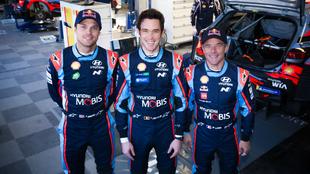 Mikkelsen, Neuville y Loeb.