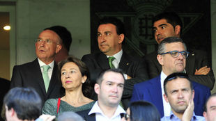 Serra, Catalán y Haro, en el palco