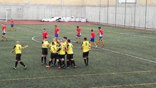 Los jugadores del Frafel celebran un gol en la fase de ascenso.