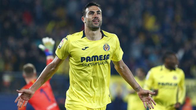 Vicente Iborra celebra un gol en el Villarreal-Barcelona.