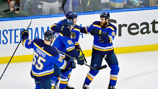 Los Blues celebran su boleto a la final de la NHL