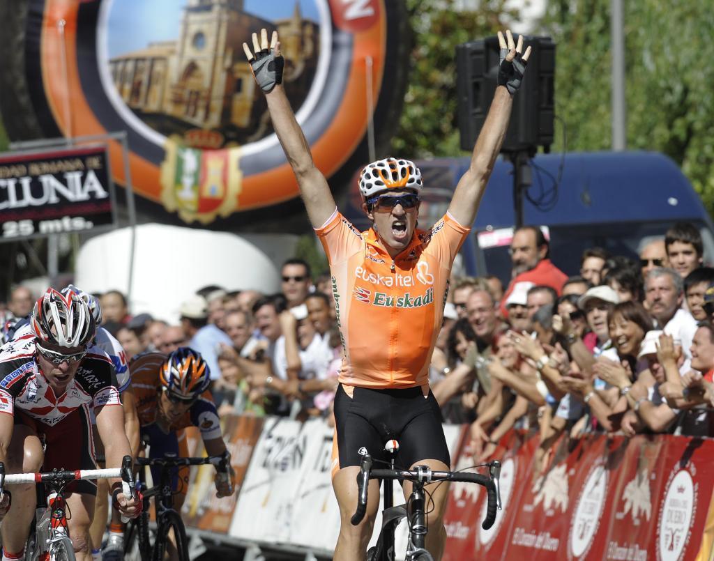 <HIT>Koldo</HIT> fernandez de Larrea del equipo Euskaltel la 3» etapa Melgar-Burgos, de la Vuelta Ciclista a Burgos VILLAFRANCA-7-8-2008...........ARCHDC - 20080807