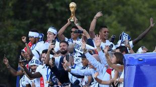 Los jugadores de Francia celebran el Mundial conquistado en Rusia.