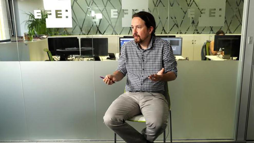 Pablo Iglesias durante una entrevista con la agencia EFE