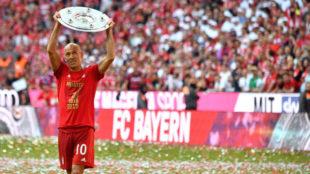 Robben, con la Bundesliga recientemente ganada con el Bayern.