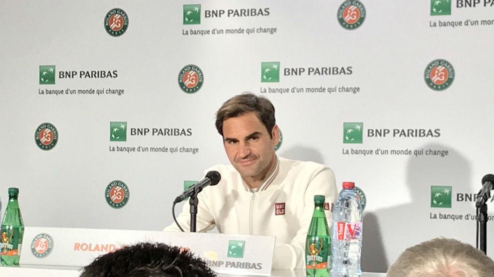 Federer, durante la rueda de prensa en Roland Garros