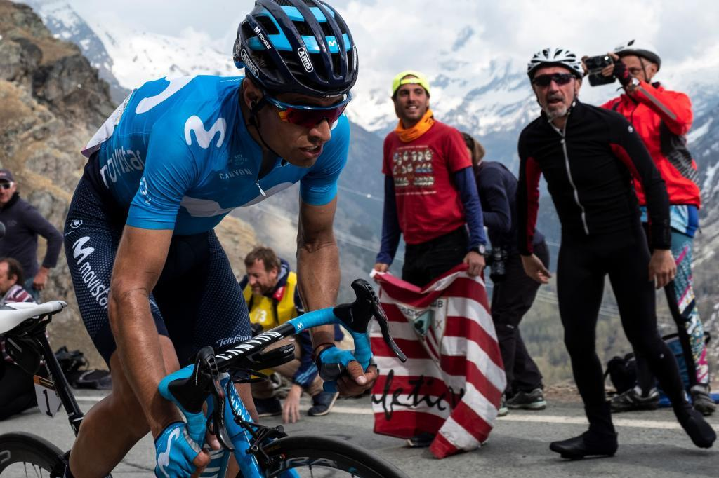 Team Movistar rider Spains Mikel <HIT>Landa</HIT> climb during the stage thirteen of the 102nd Giro dItalia - Tour of Italy - cycle race, 196kms from Pinerolo to Ceresole Reale (Lago Serru) on May 24, 2019. (Photo by MARCO BERTORELLO / AFP)