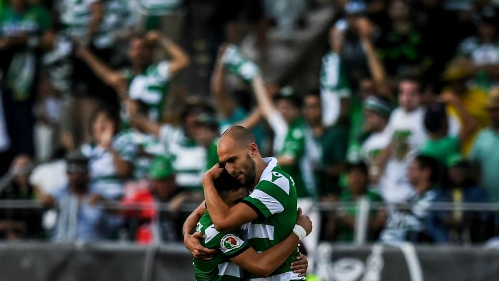 Bas Dost celebra su gol al Oporto en la final de la Copa de Portugal