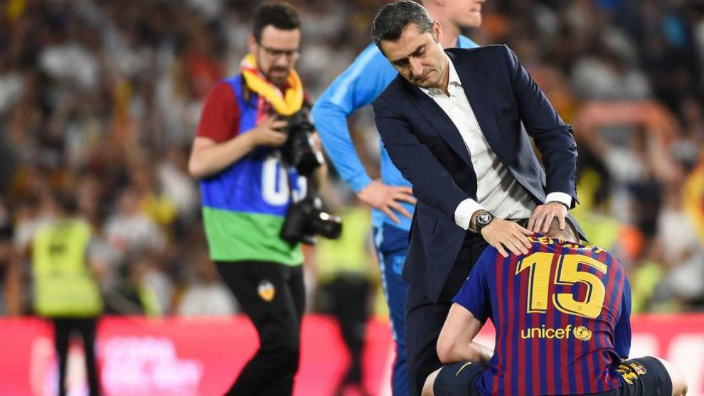 Valverde consuela a Lenglet tras la derrota