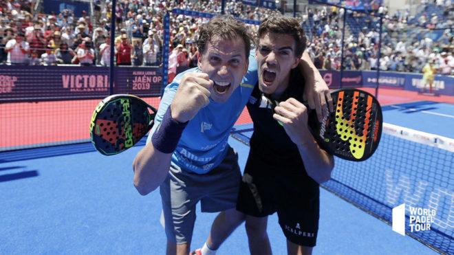 Paquito y Lebrón celebran su victoria en Jaén ante Maxi y Sanyo.