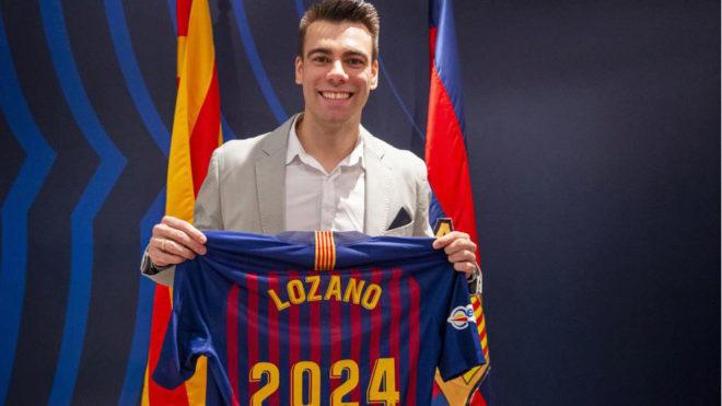 Sergio Lozano, durante el acto de renovación de su contrato.