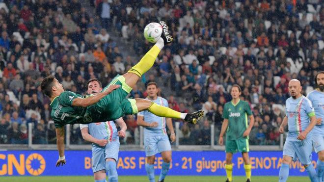 Serie A: Cristiano Ronaldo Casi Iguala Su Gol De Chilena