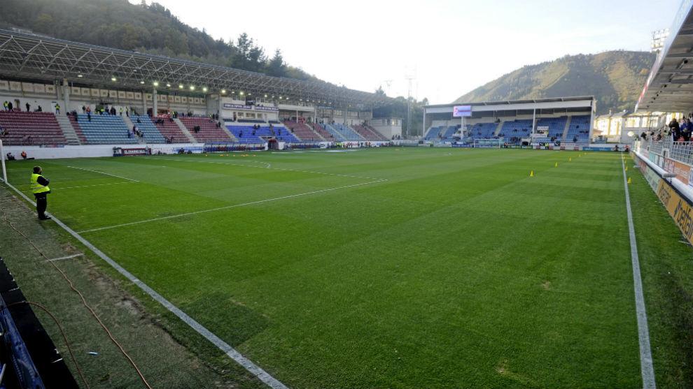 Panorámica del estadio de Ipurua.