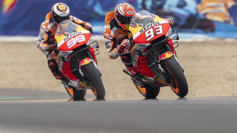 Márquez, delante de Lorenzo.