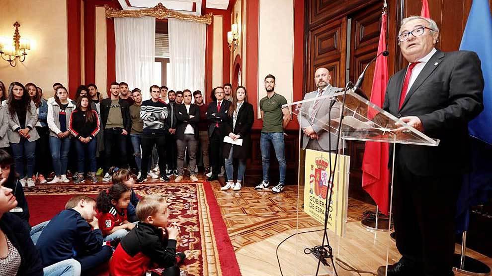 Luis Sabalza, durante su intervención en la Delegación del Gobierno...