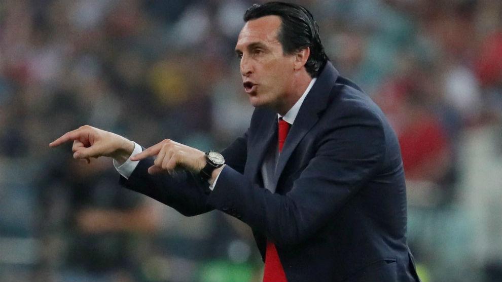 Emery (47), durante el partido de Bakú.