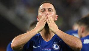 Eden Hazard celebra el triunfo en la final de la Europa League.