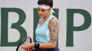 Aliona Bolsova durante el partido de hoy frente a la rumana...