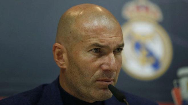 Zinedine Zidane, durante la rueda de prensa en la que anunció su...