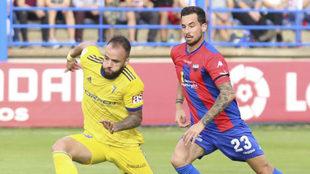 La jornada de Segunda división se aplaza al martes a las 21.00 tras...