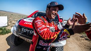 Nasser Al-Attiyah (Toyota), tras ganar el Rally de Kazajistán.
