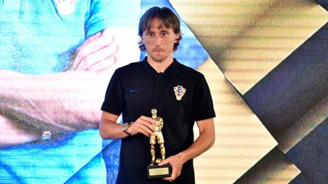 Luka Modric, tras recoger el premio de mejor jugador de Croacia.