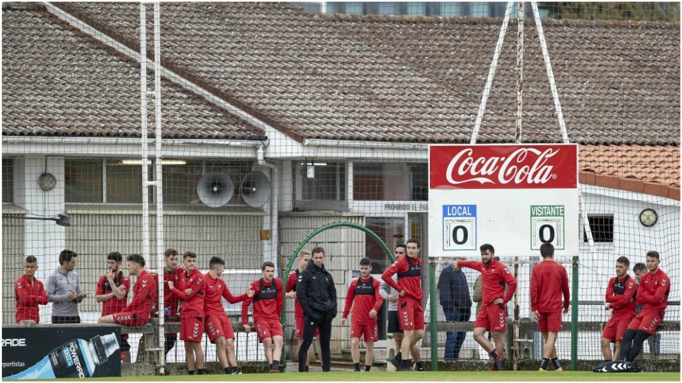 Los jugadores de Osasuna tras finalizar una sesión