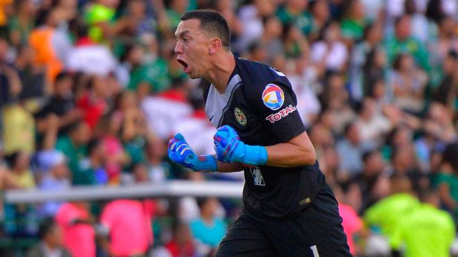 4837a9b35d7 El América enaltece las atajadas de Agustín Marchesín en el Clausura ...