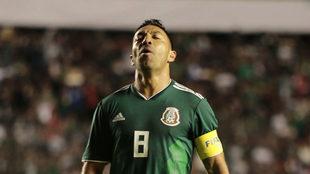 Marco Fabián, en un partido con la selección mexicana
