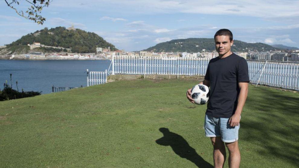 Luca Sangalli posa para MARCA en San Sebastián.