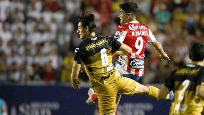 Nicolás Ibáñez, durante un partido con el Atlético San Luis