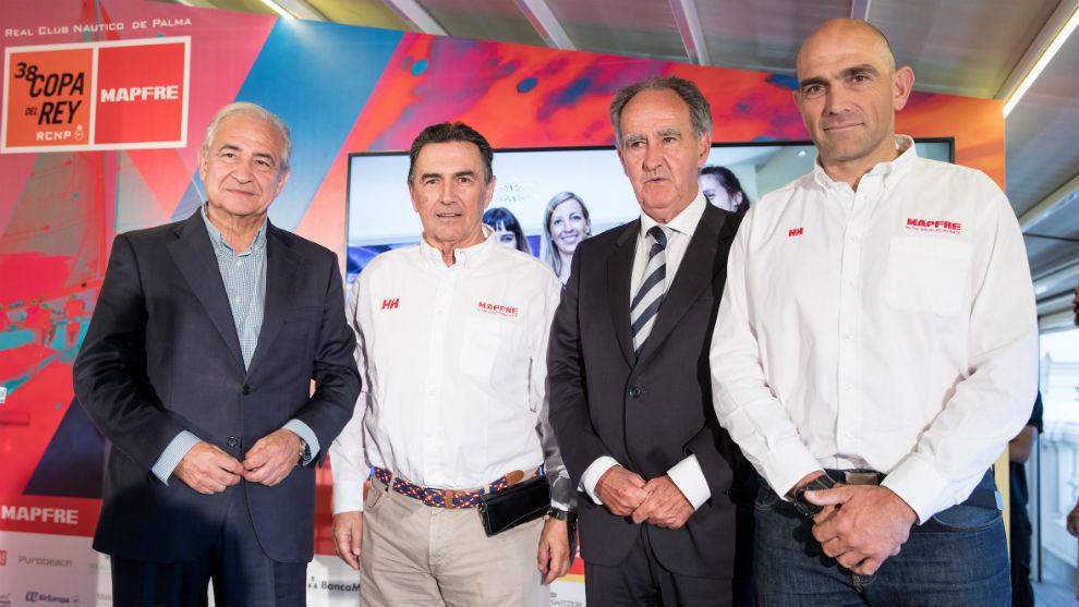 Antonio Nuñez, Pedro Campos, Javier Sanz y el campeón olímpico Xabi...