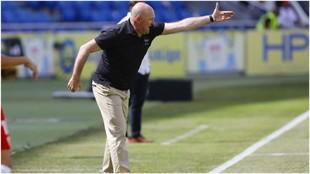 Pepe Mel, durante un partido