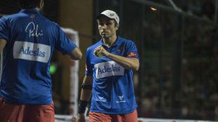 Bela y Lima en su partido de cuartos.