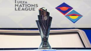 La copa de campeón de UEFA Nations League que Holanda y Portugal...
