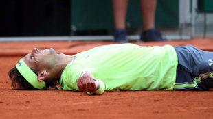 Rafa Nadal celebra en la tierra de Roland Garros su duodécimo triunfo...