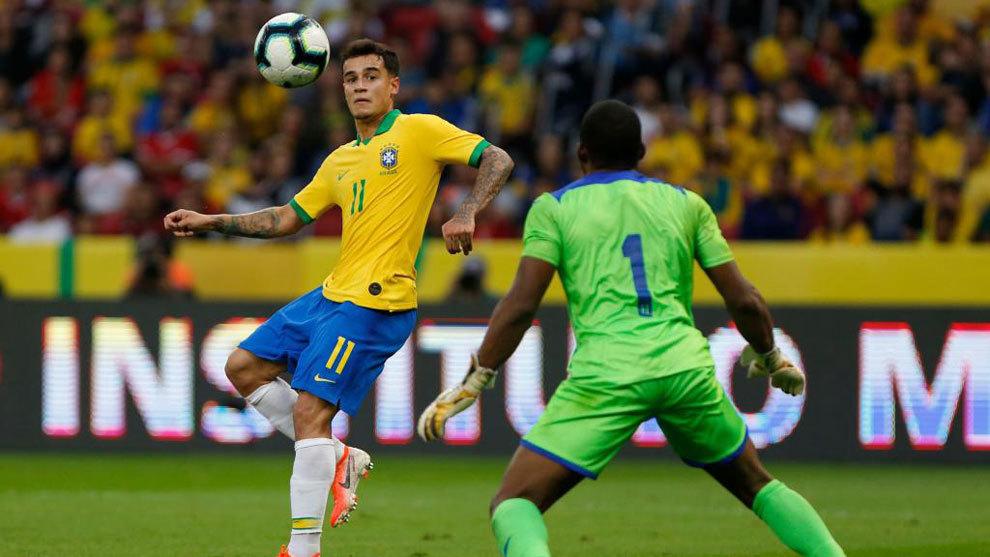Coutinho marcó uno de los goles de Brasil.