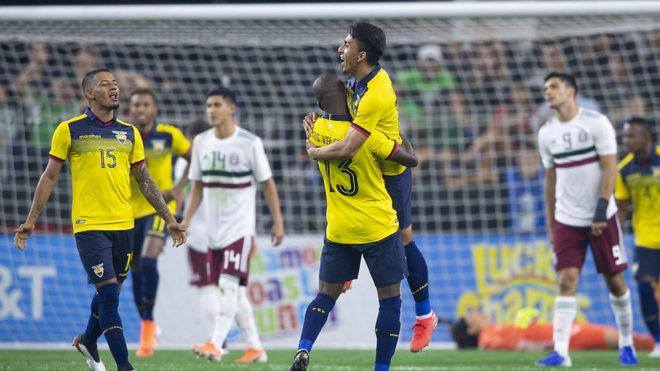 Ángel Mena ingresó y anotó en el segundo tiempo.