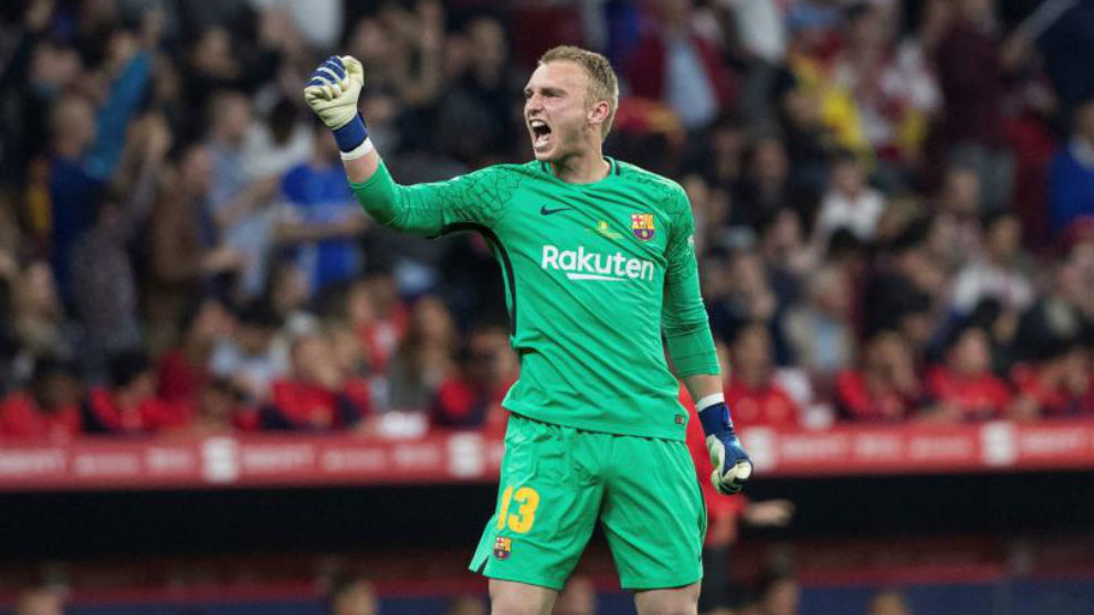 Jasper Cillessen could leave Barcelona in the summer.