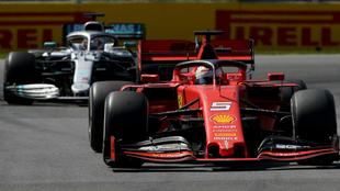 Vettel, por delante de Hamilton.