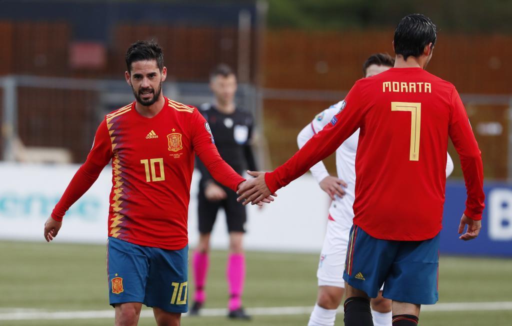 Isco y Morata en el España vs Islas Feroe - Clasificacion Eurocopa...