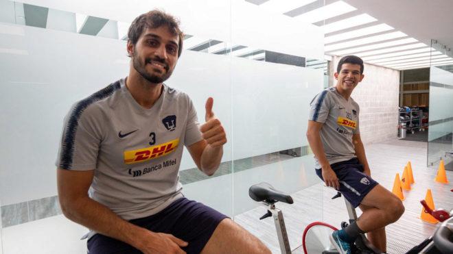Alejandro Arribas en el trabajo de bicicleta.