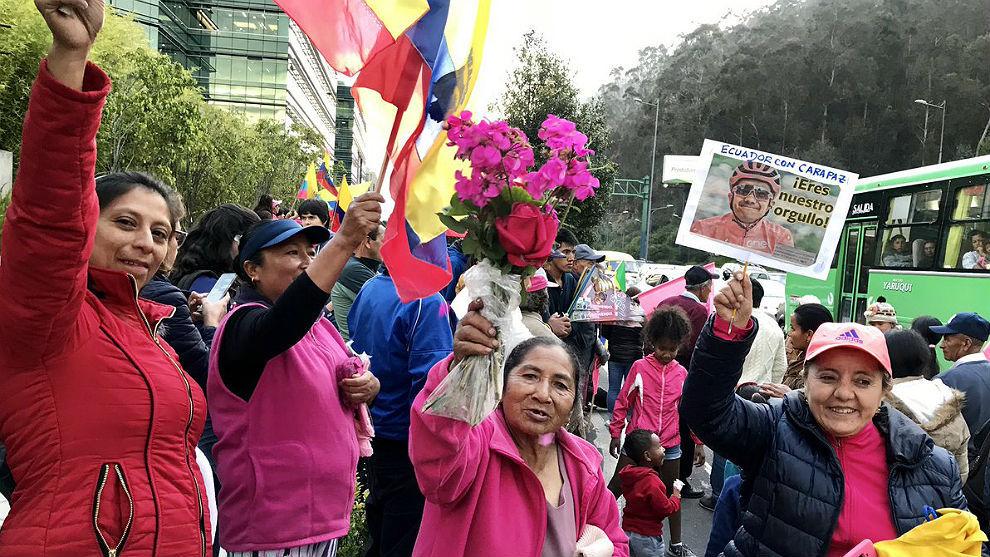El pueblo ecuatoriano salió a recibir a su gran campeón.
