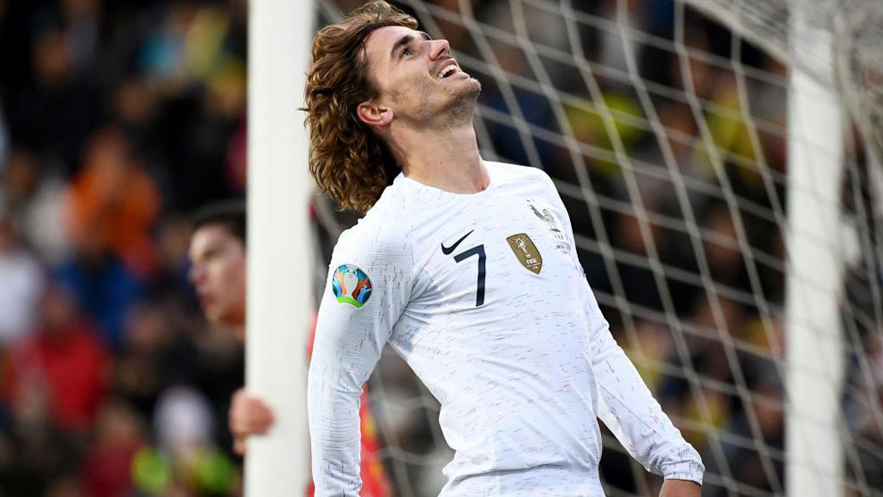 Antoine Griezmann will play for Barcelona next season, says Atletico Madrid CEO