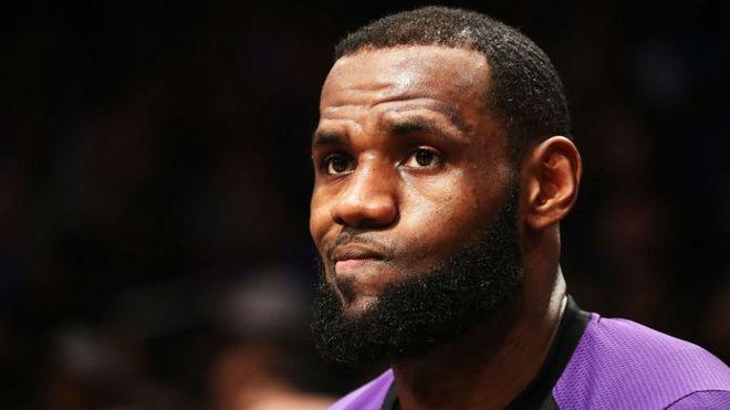 LeBron James tendrá otra temporada complicada en los Lakers