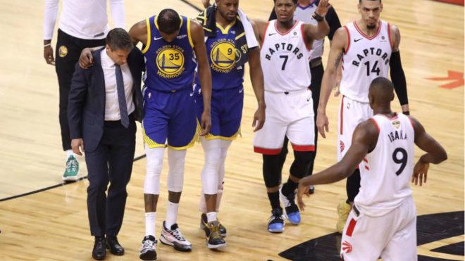 Durant se retira en el quinto partido de la final de la NBA.