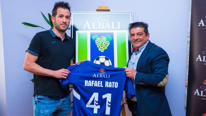 Rafael Rato, en su presentación como jugador del Viña Albali.