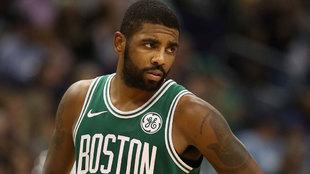 Kyrie Irving en un partido con los Celtics