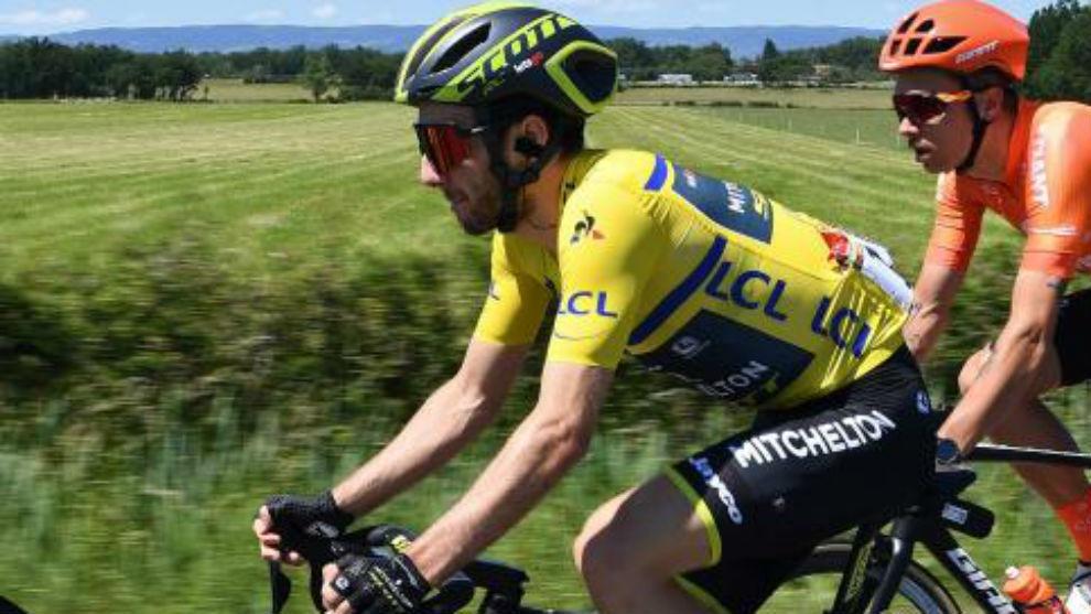 Adam Yates durante la quinta etapa del Dauphiné.